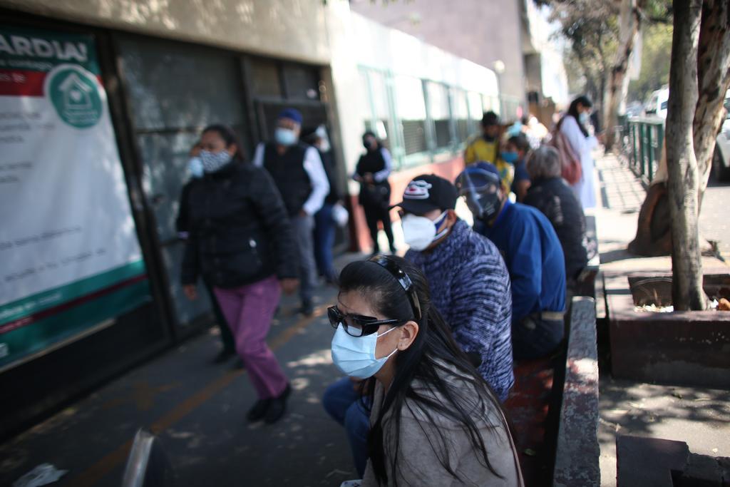 Detecta México nueva variante de coronavirus; causa 87 % de casos estudiados