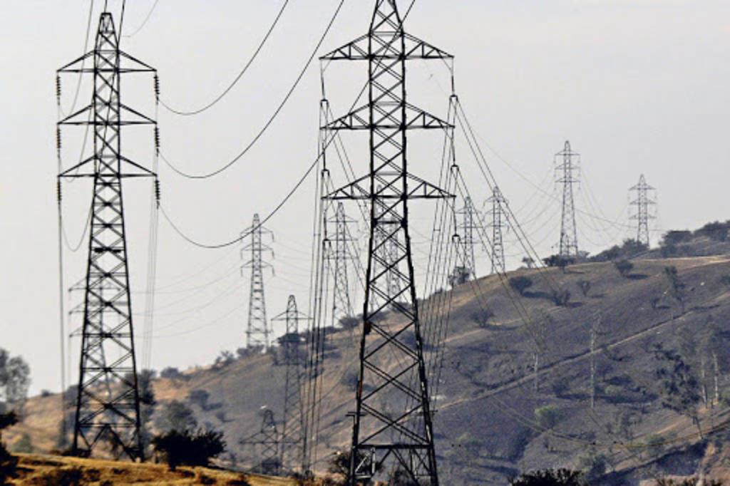 AMLO exhorta a EUA a respetar política energética de México