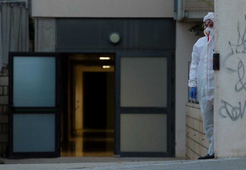 Certifica España 30 mil ancianos muertos por COVID en asilos en un año