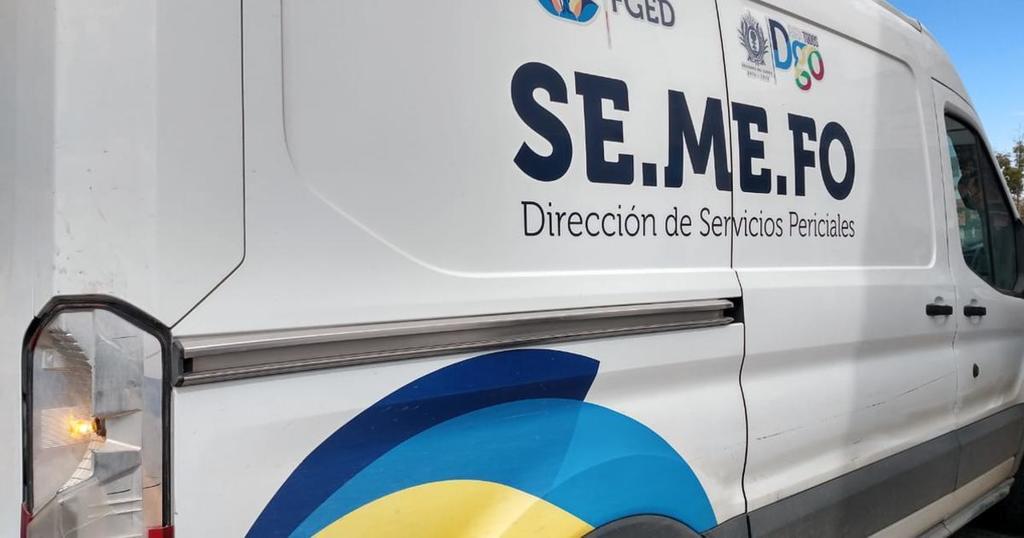 Trabajador muere prensado entre dos camiones en Gómez Palacio