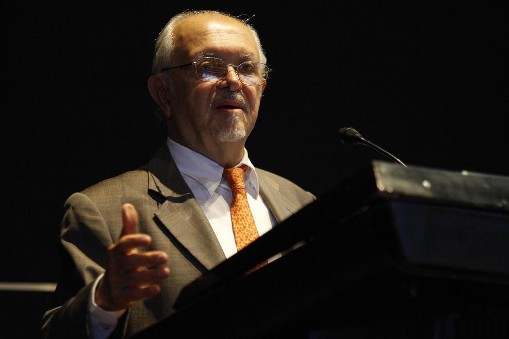 1943: Nace Mario Molina, relevante ingeniero químico mexicano
