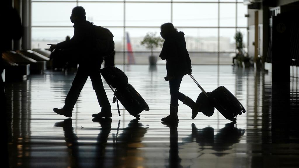 EUA registra récord de viajes en avión