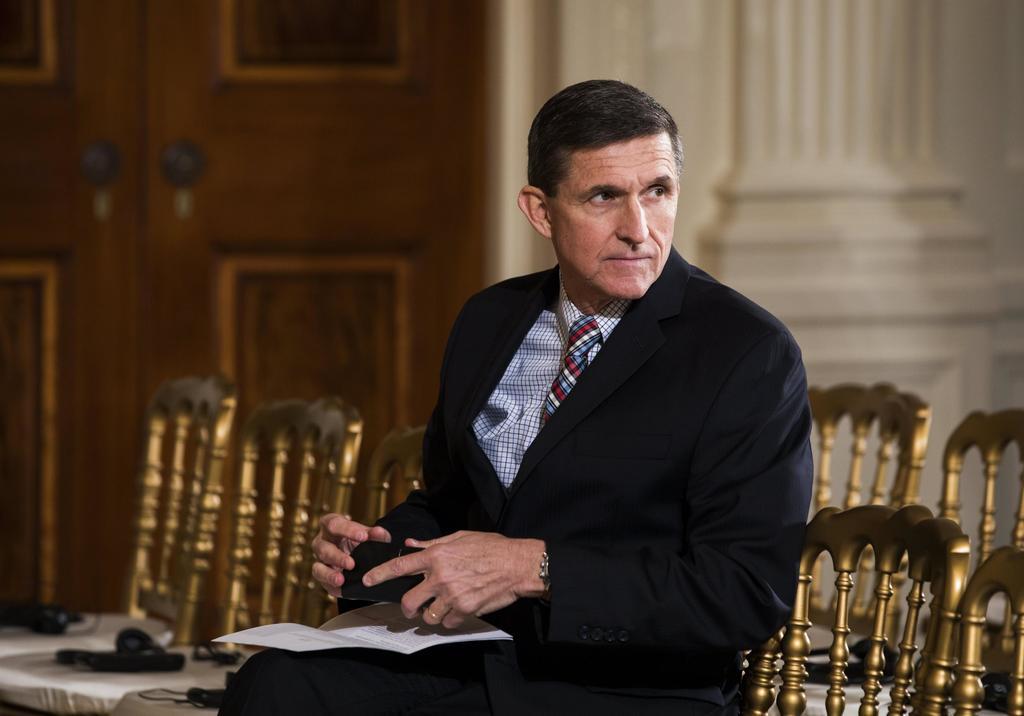 Flynn enfrentaría multas por lazos con Rusia