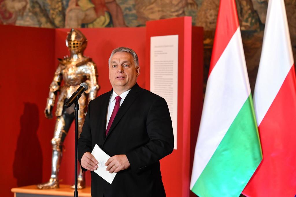 Llama primer ministro de Hungría a publicar contratos de vacunas COVID en Europa