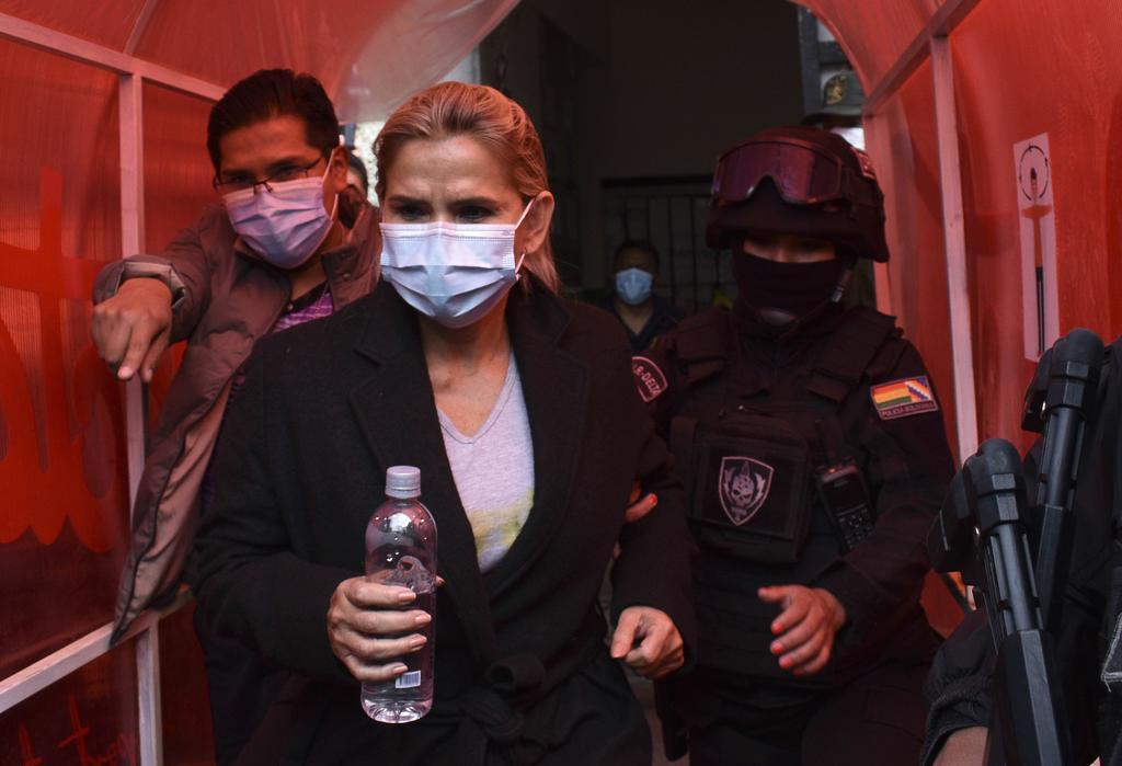 Solicitan en Bolivia seis meses de detención preventiva para Jeanine Áñez