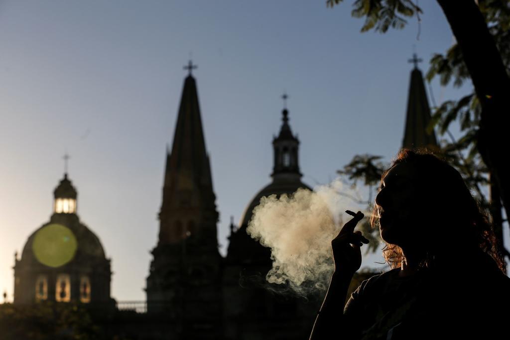 Critica iglesia reformas en materia de drogas y género en México