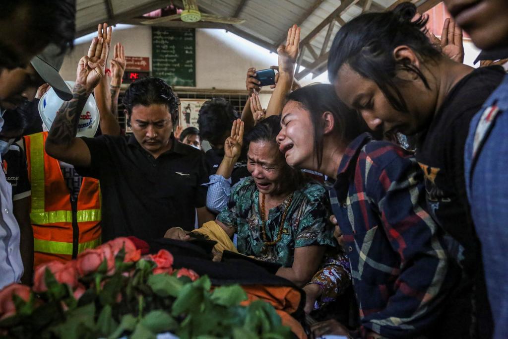 Enviada de la ONU condena asesinatos de manifestantes en Myanmar