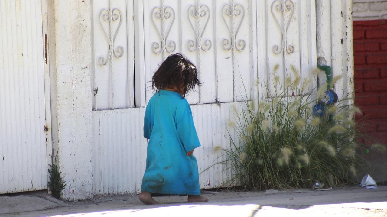 Omisión de cuidado, por padres adictos en su mayoría