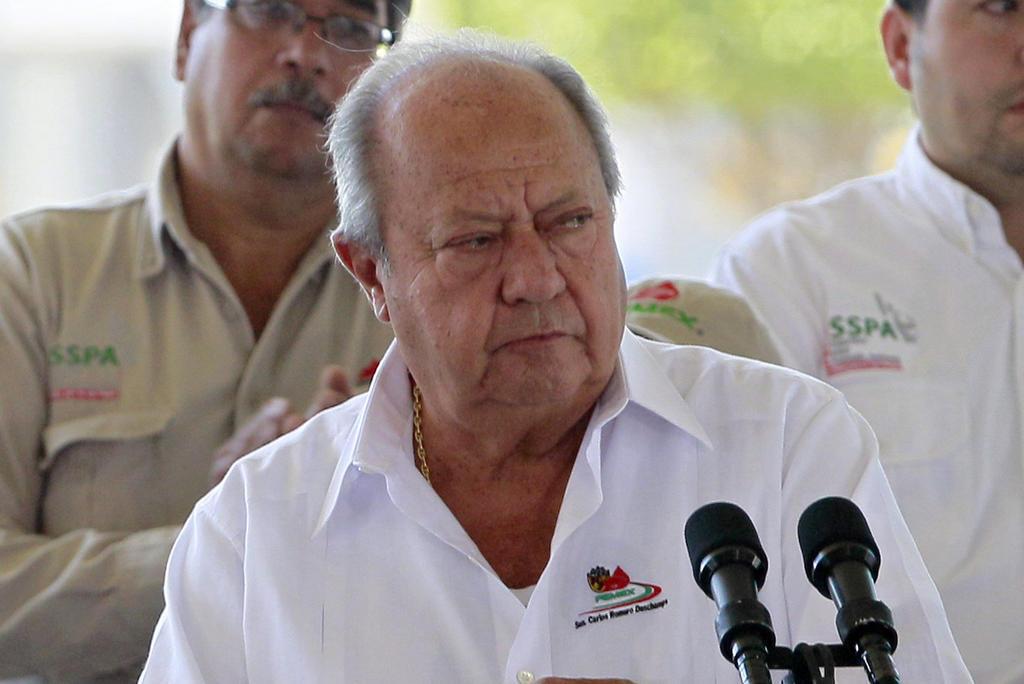 Carlos Romero Deschamps presenta su renuncia a Pemex