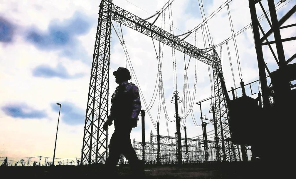 Impugna Sener suspensiones concedidas por juez a reforma eléctrica de AMLO