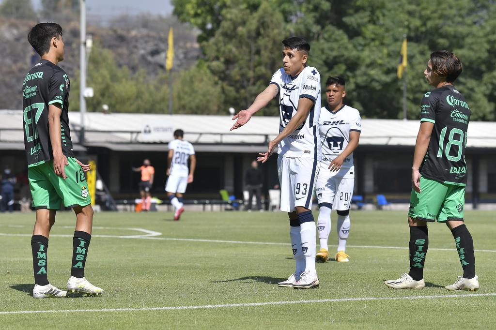 Tras fracturar a elemento de Santos Sub-20, suspenden a jugador de Pumas