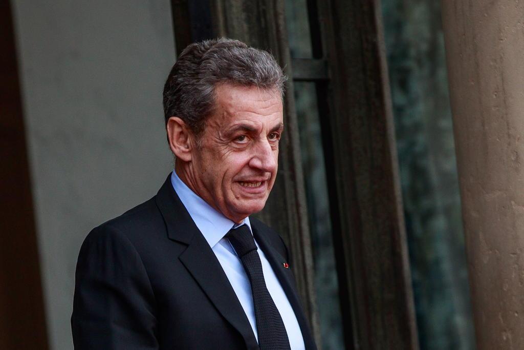 Aplazan juicio contra Sarkozy por financiación ilegal de su campaña