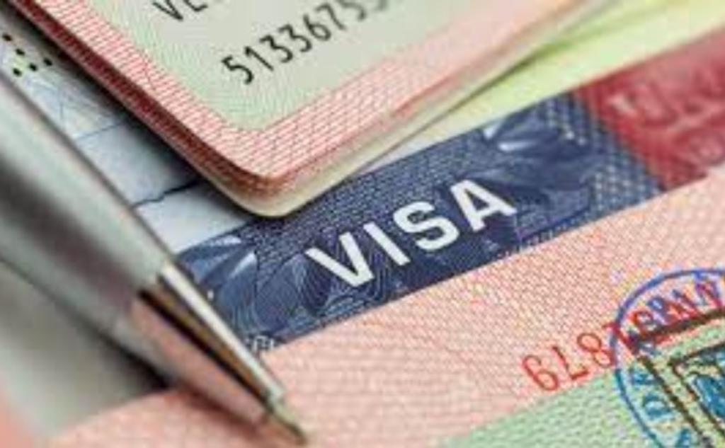 Visas expiradas hace cuatro años podrán renovarse sin entrevista