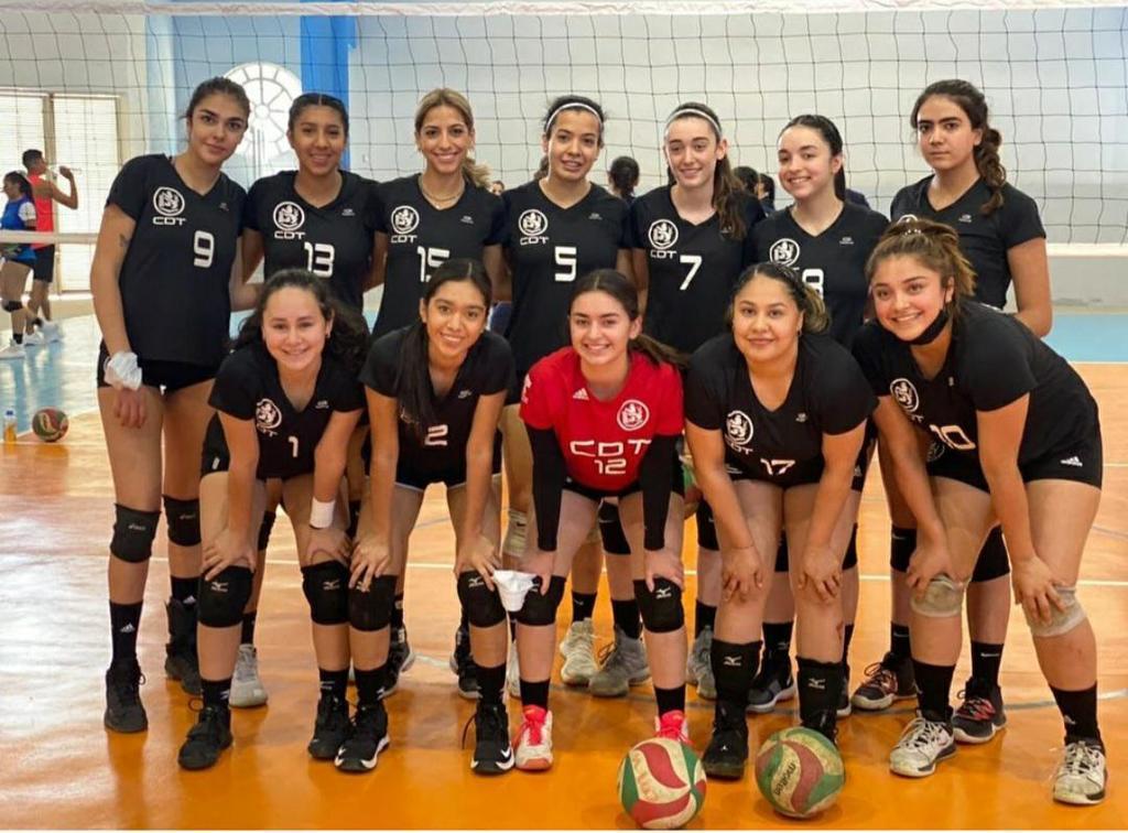 Se luce Deportivo Torreón de Voleibol en la XV Copa Nacional