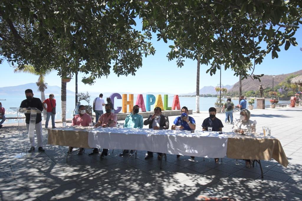 Jalisco tendrá pelea estelar del 'Bolivita' Uzcategui contra 'Chiquilín' Obando
