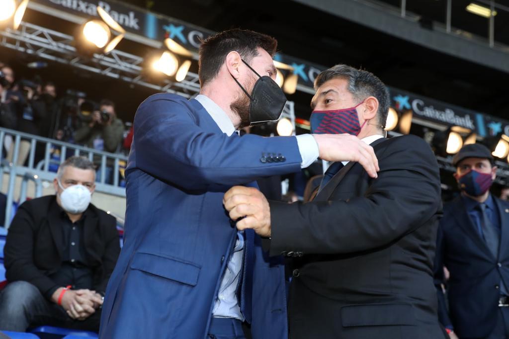 Con Messi presente,  Joan Laporta asume presidencia del Barcelona