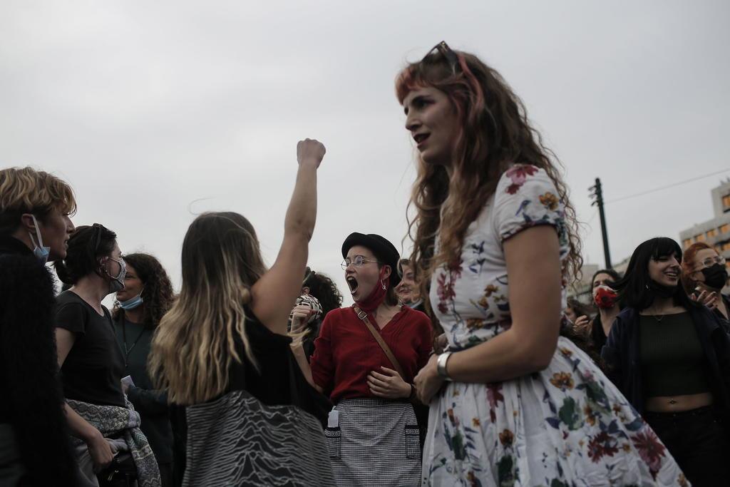 Cámara Baja de EUA aprueba reactivar ley contra violencia de género