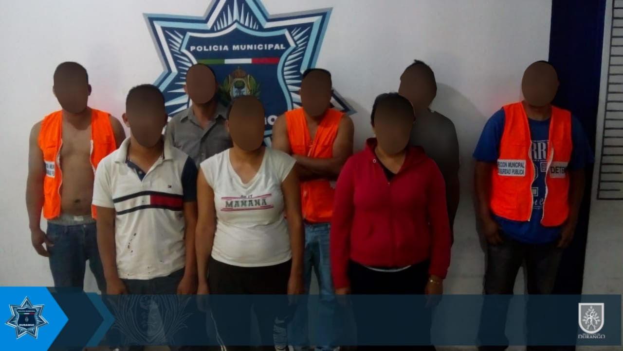 Ocho detenidos tras una batalla campal en la Lázaro Cárdenas