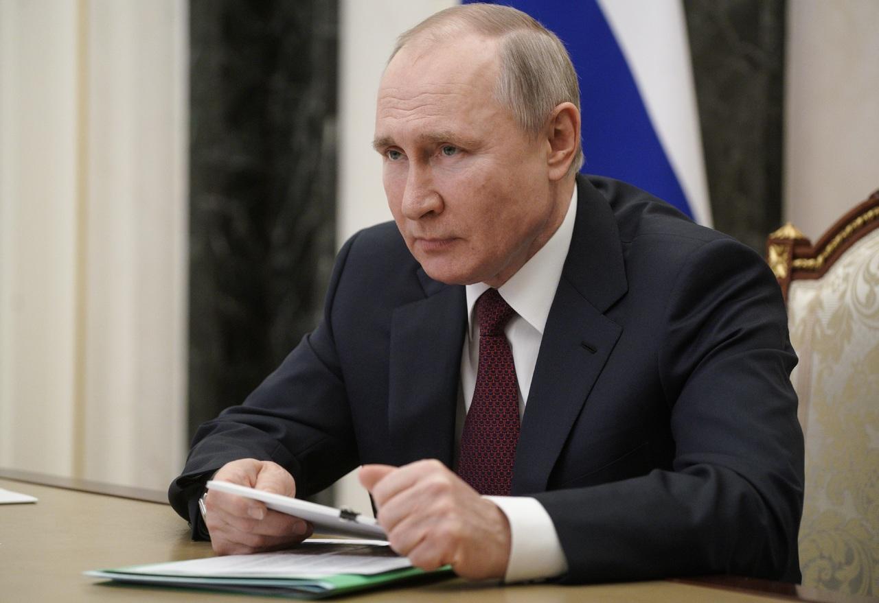 Putin desea 'buena salud' a Joe Biden