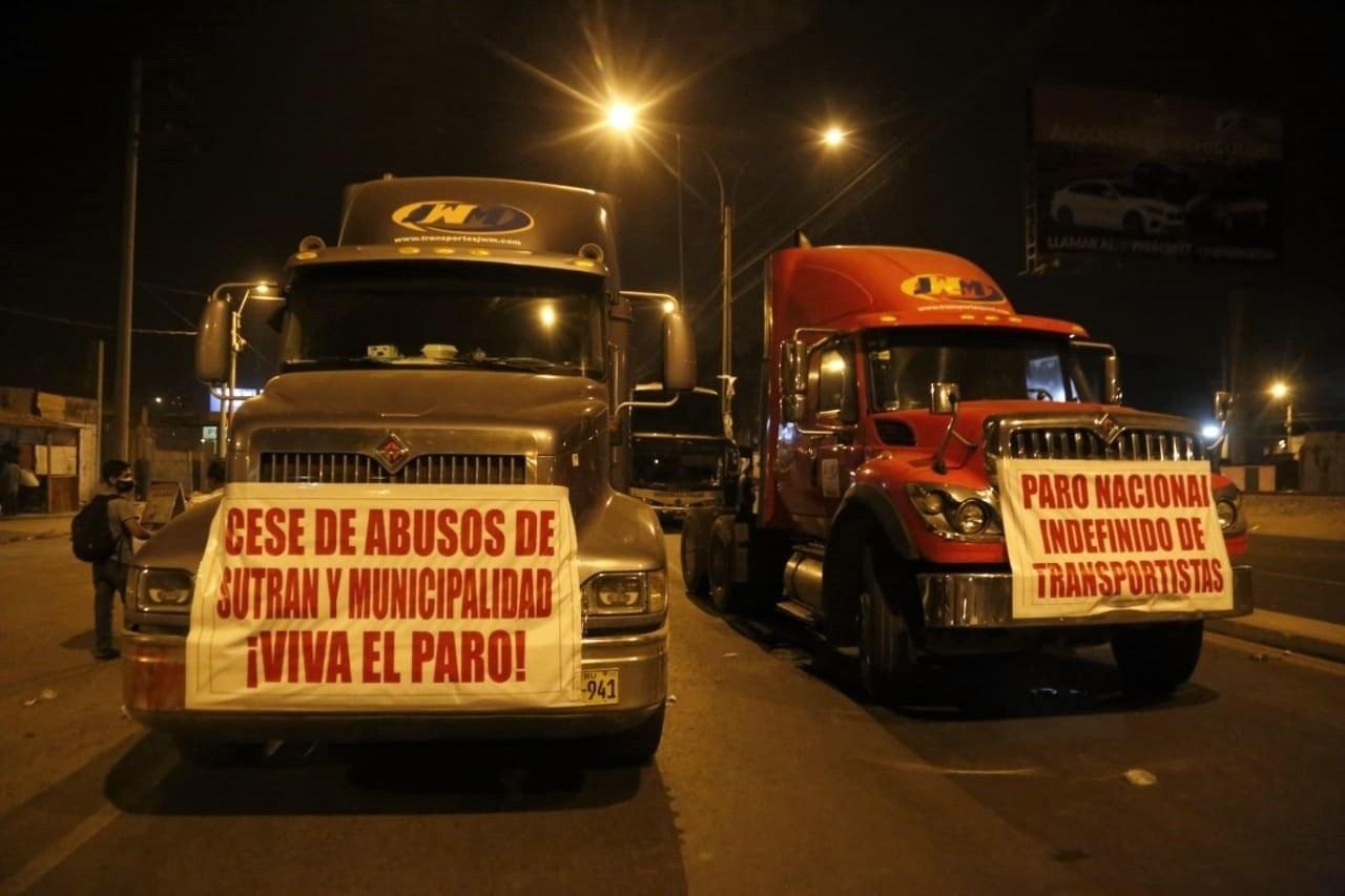 Buscan solución a huelga de transporte