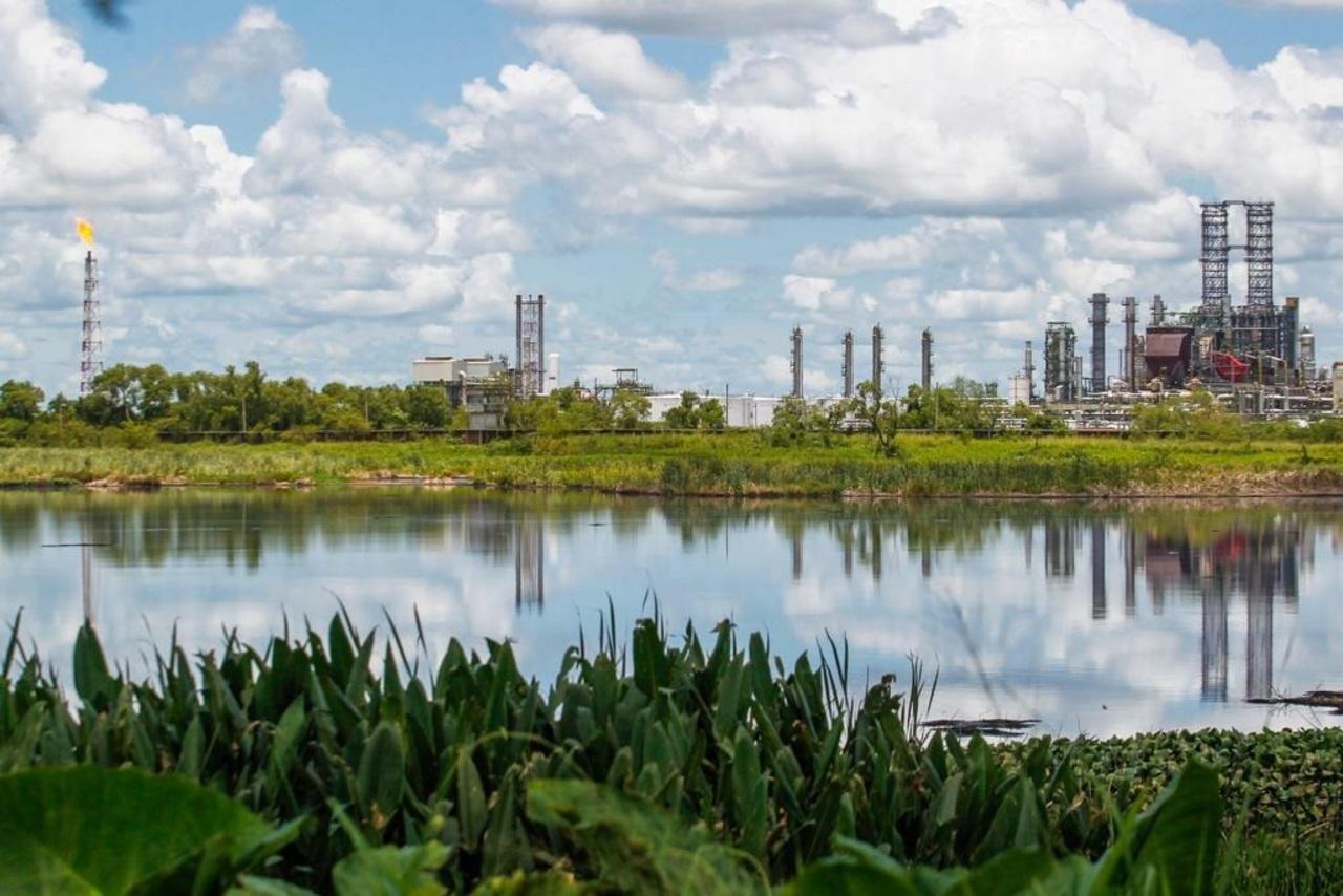 Descubren nuevo campo petrolero