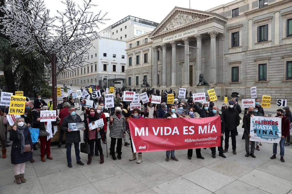 España reconoce como derecho la eutanasia