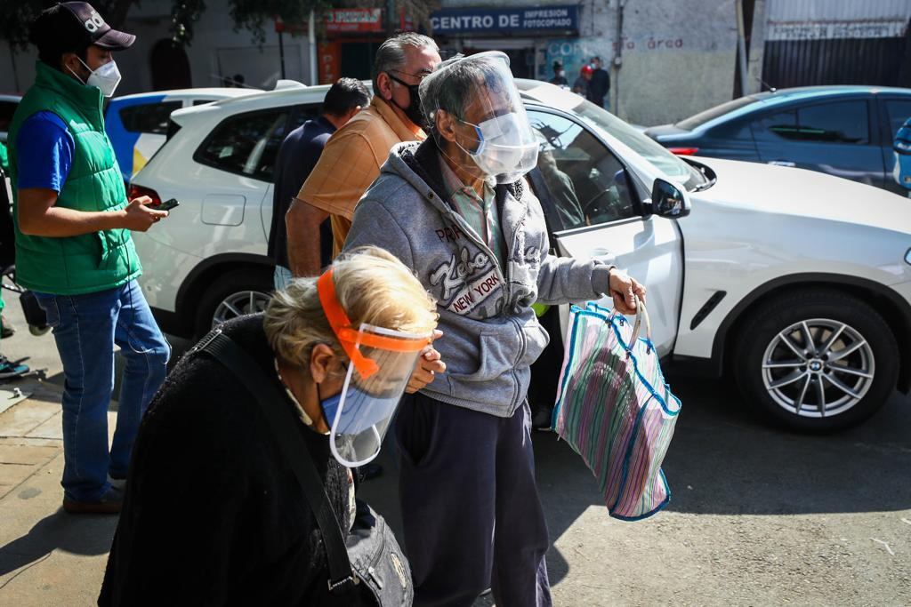 México acumula 196,606 muertes