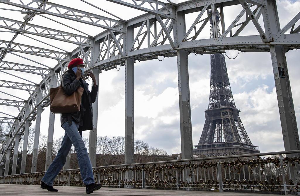 París y un tercio de Francia afrontan su tercer confinamiento