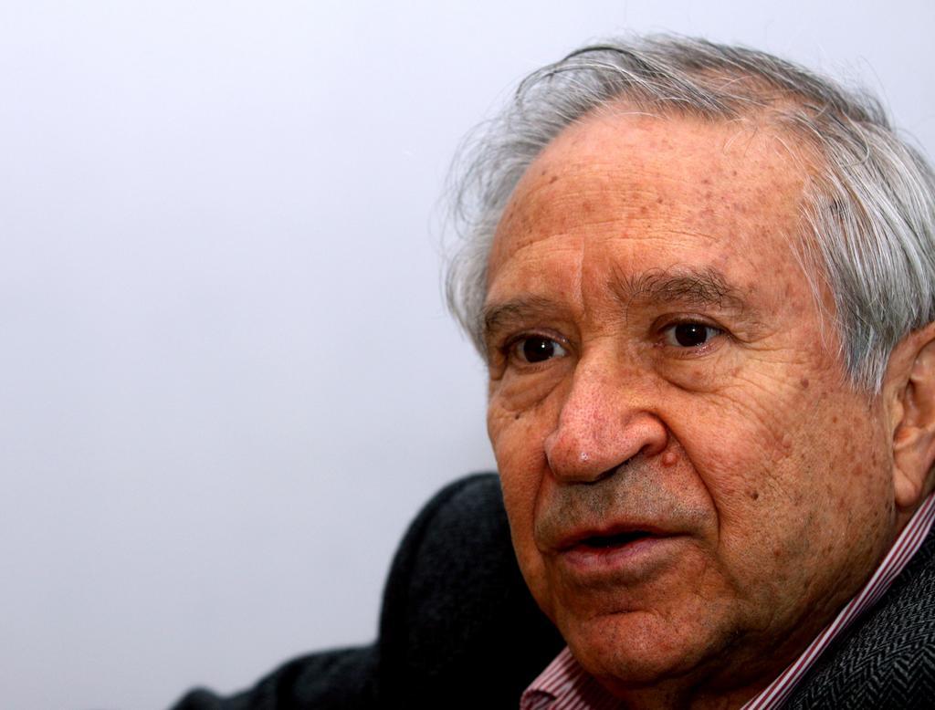 1940: Nace Homero Aridjis, laureado poeta, novelista, activista ambiental y diplomático mexicano