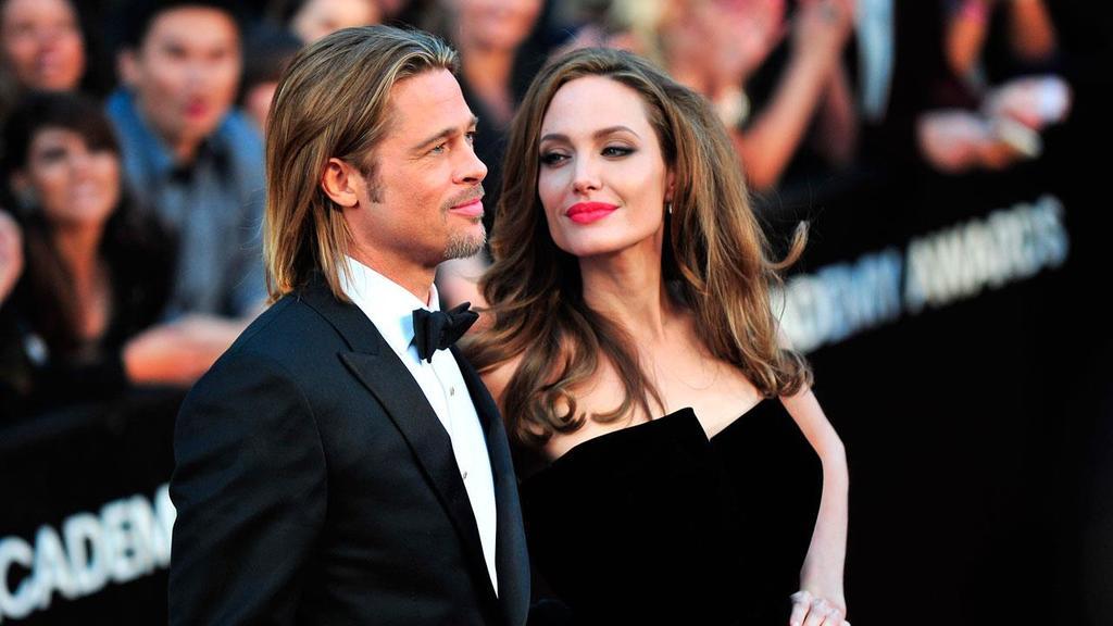 Angelina quiere hundir a Brad Pitt
