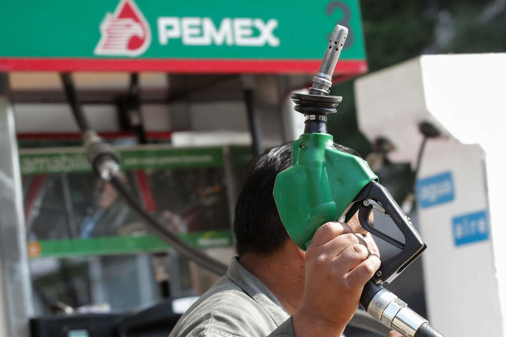 Hacienda dará menor subsidio a combustibles