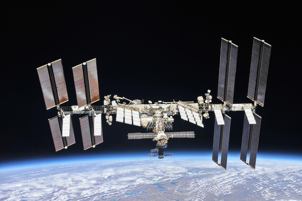 Nave Soyuz concluye con éxito operación de reacoplamiento a la EEI