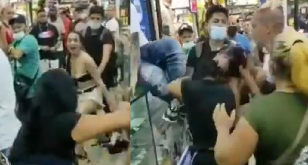 Mujer se enfrenta a golpes con la 'amante' de su esposo en centro comercial