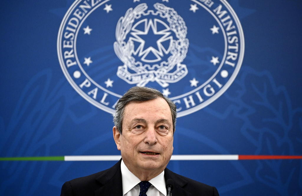 Primer ministro italiano Mario Draghi se vacunará con AstraZeneca