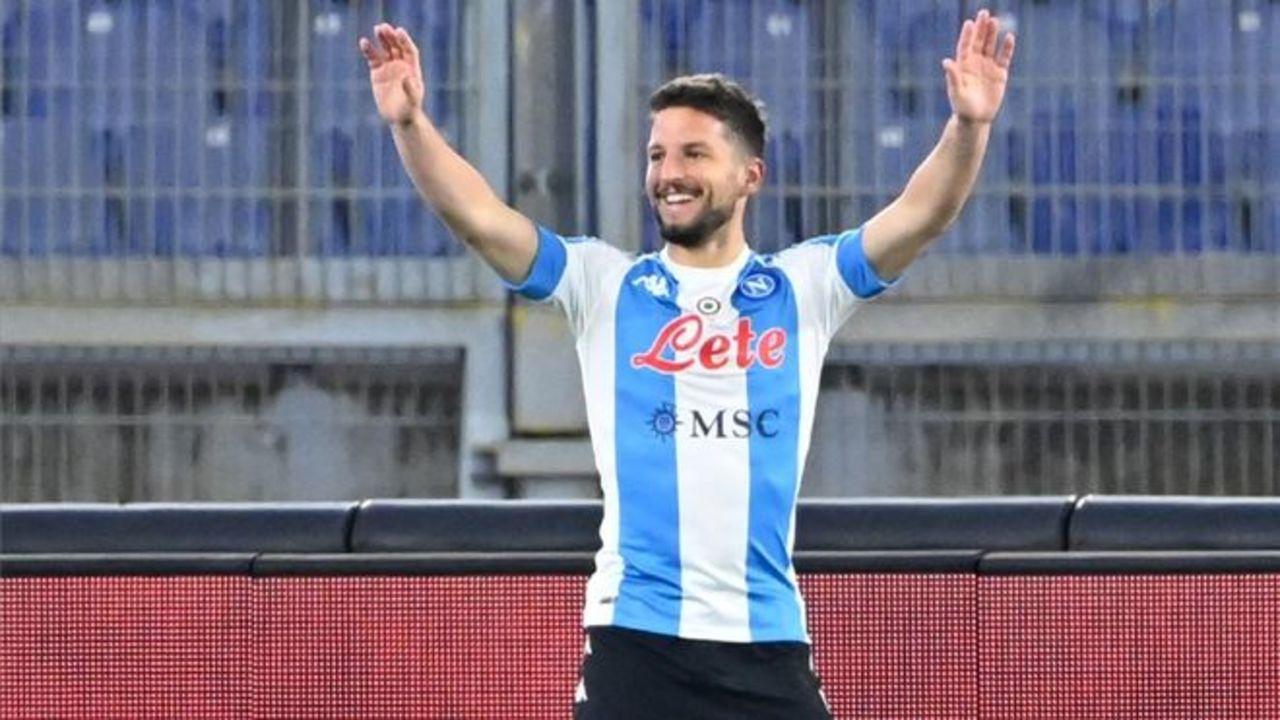 Mertens acerca al Nápoles a la Liga de Campeones