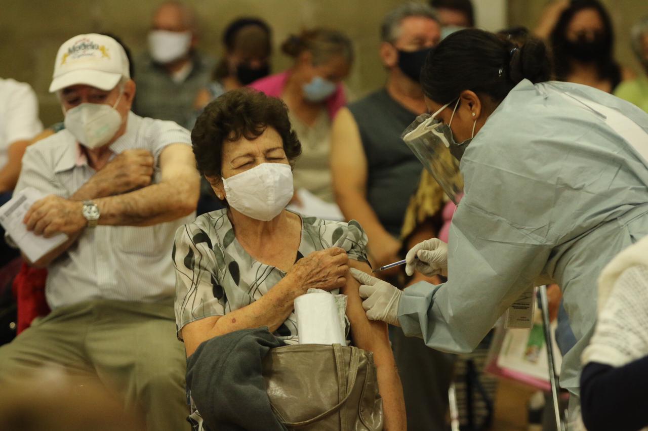 México acumula 198 mil muertes por Covid-19