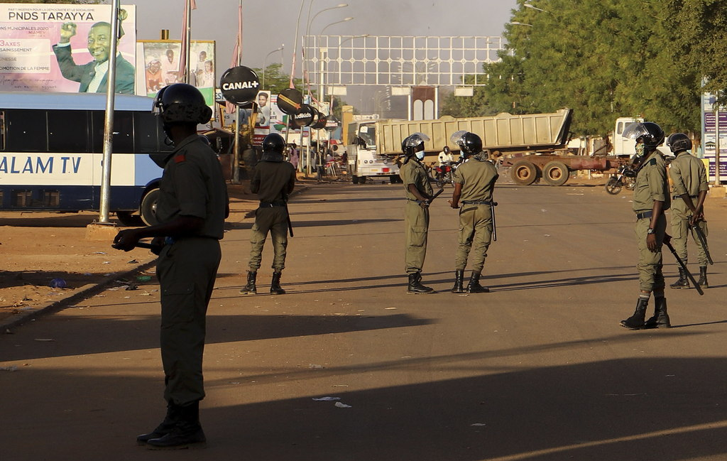 Mueren 40 civiles en ataque terrorista