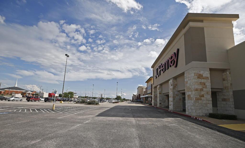 Restricciones por COVID afectan economía de frontera de EUA