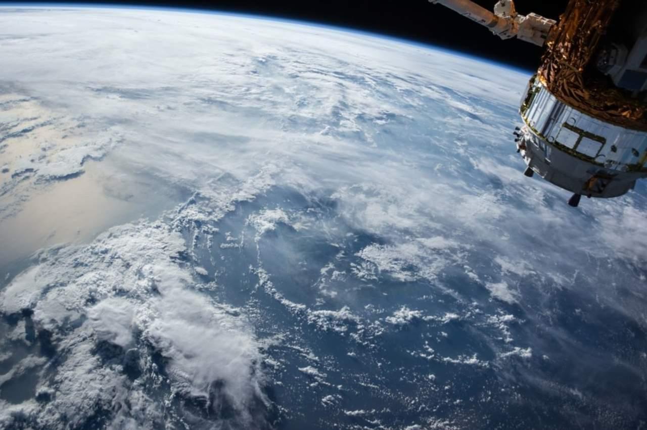 Arabia Saudí firma acuerdo con China para mandar misión a estación espacial