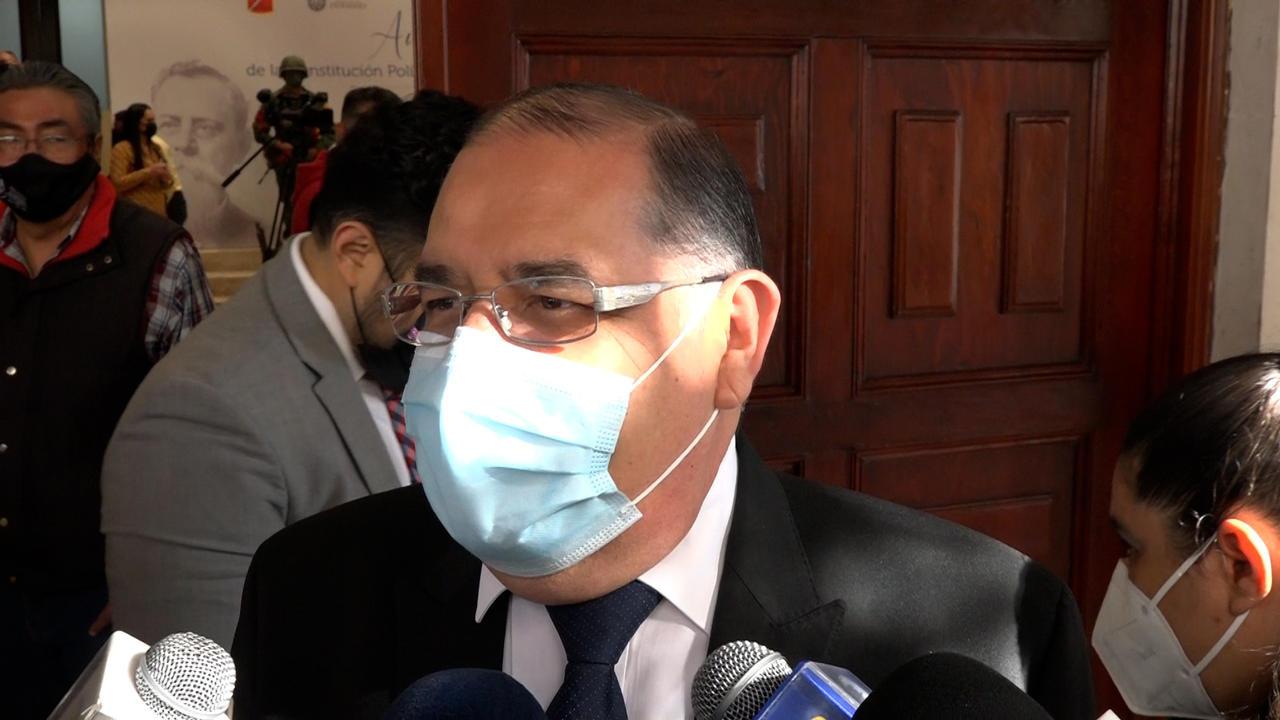 Magistrado admite que interpuso demanda por daño moral