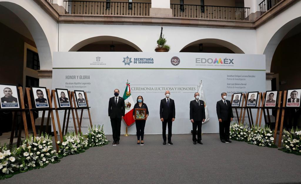 Realizan homenaje a policías asesinados en Coatepec de Harinas