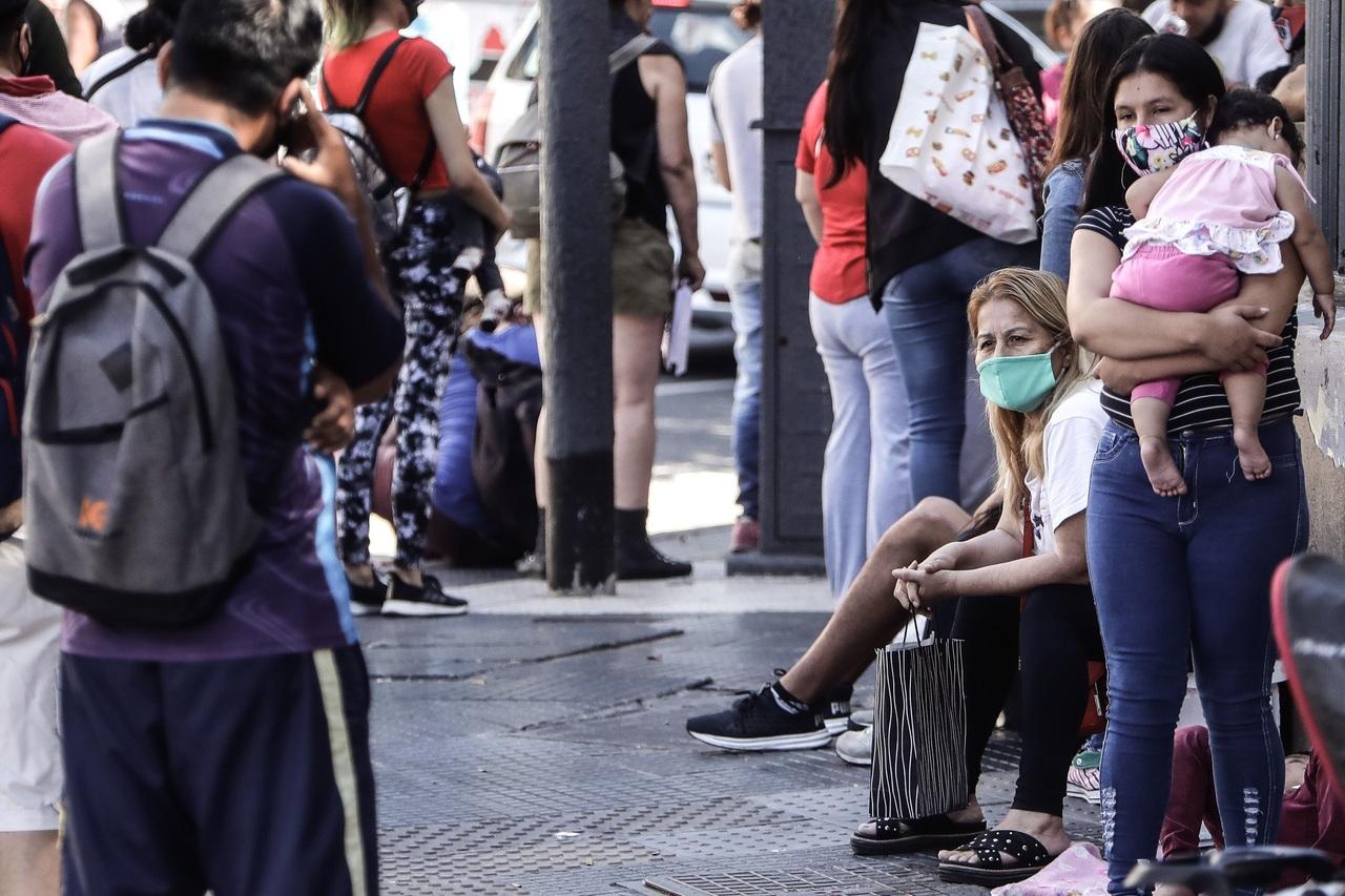 Argentina sufre por 11% de desempleo