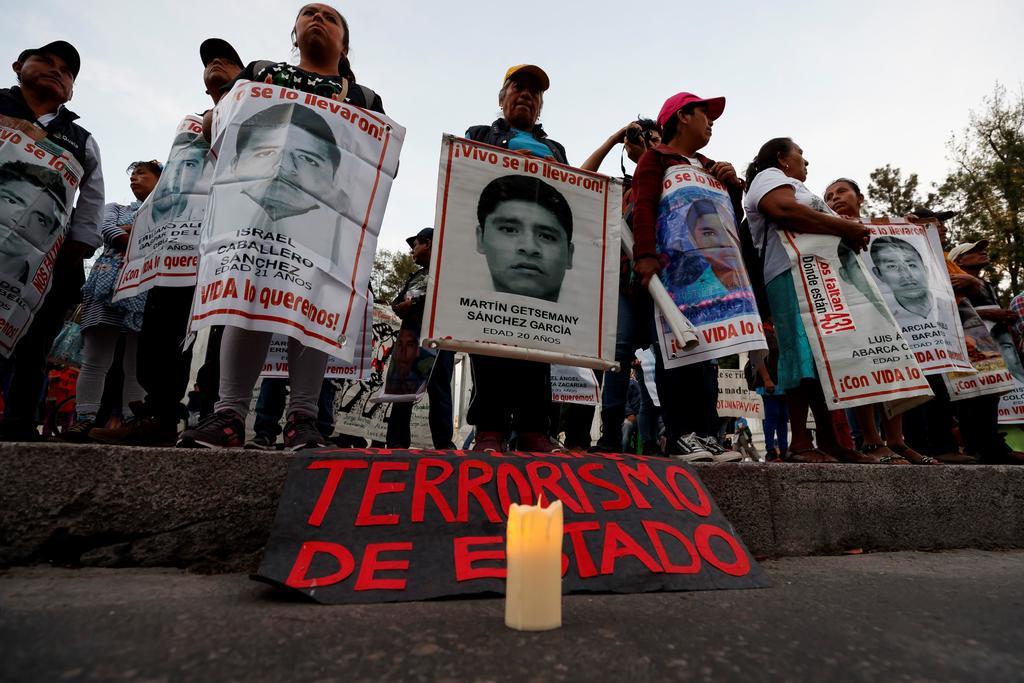 Corrige CNDH plana en caso Ayotzinapa