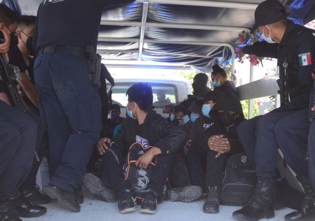 Rescatan a 39 migrantes en domicilio de Ecatepec