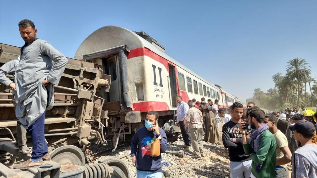 Choque de trenes en Egipto deja al menos 32 muertos