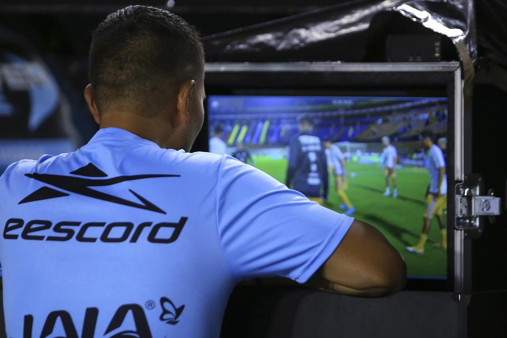 Arturo Brizio asegura que se hace buen uso del VAR en la Liga MX