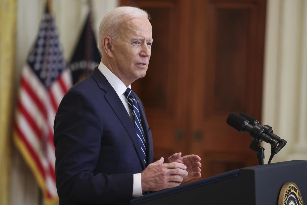 Biden llama ataque constitucional a restricciones de republicanos al voto