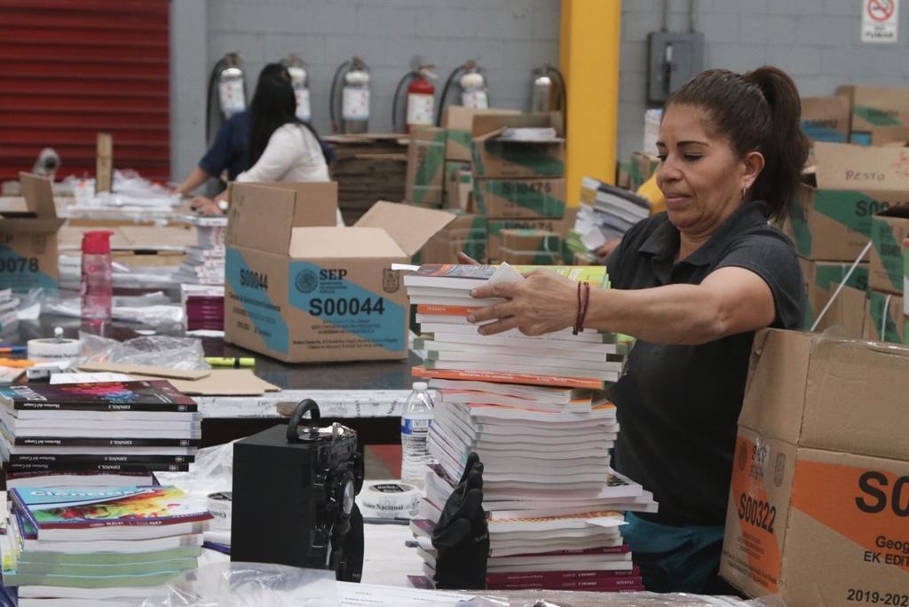 Quiere Gobierno de México 'al vapor' libros de texto