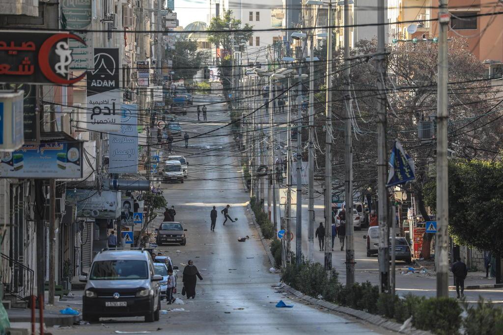 Vuelve Gaza a cierre parcial por aumento de casos de COVID-19