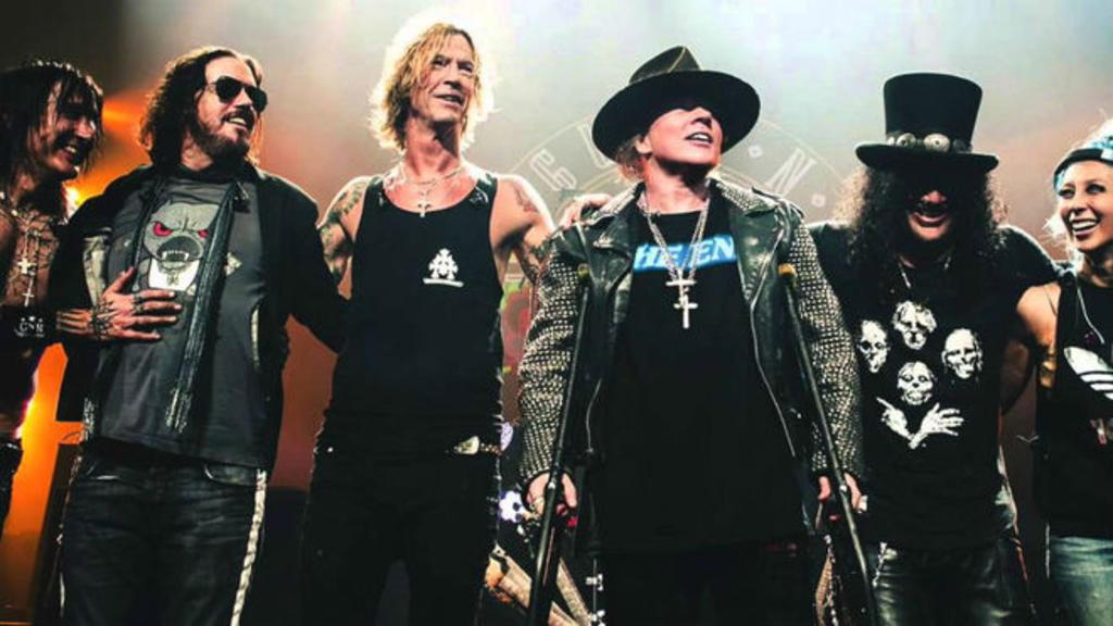 Guns N' Roses pospone gira hasta 2022 por el COVID-19